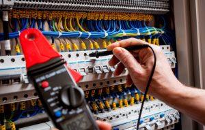 Elektrikçi En Yakın 7/24 Açık Servis Avize Montajı, Sigorta Arızaları, İnternet/Telefon TV Acil İşlerinizde 30'Dk Çözüm.   #Elektrikçi #ElektrikçiEnYakın #Elektrikçiler #ElektrikTamircisi #7/24Elektrikçi